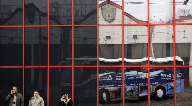 Autobus DPML-GTS Travel