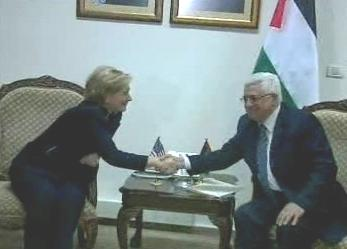 Hillary Clintonová a Mahmúd Abbás