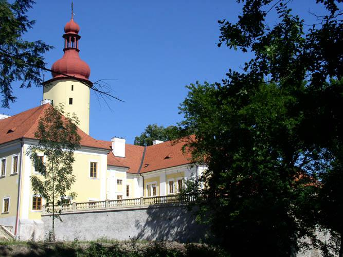 Zámek ve Stráži nad Nežárkou