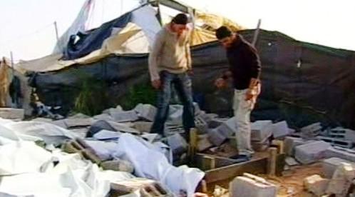 Rozbombardovaný tunel na hranicích pásma Gazy