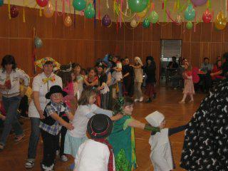 Dětská zábava během karnevalu