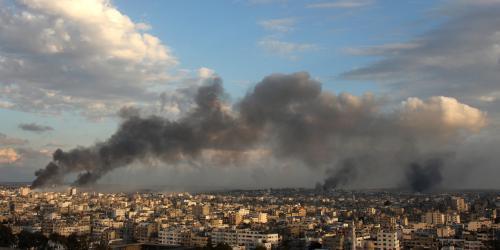 Kouř nad městem Gaza