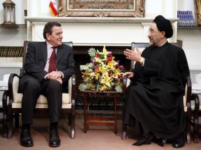 Schröder a Chátamí