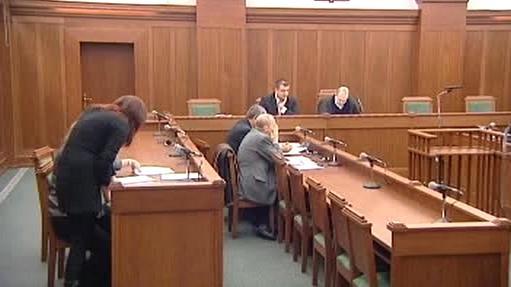 Soudní řízení o osudu podniku Loana