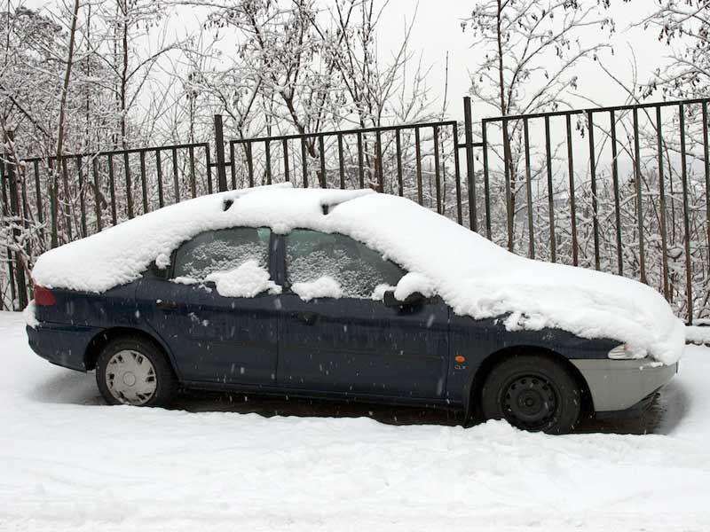Zasněžený vůz
