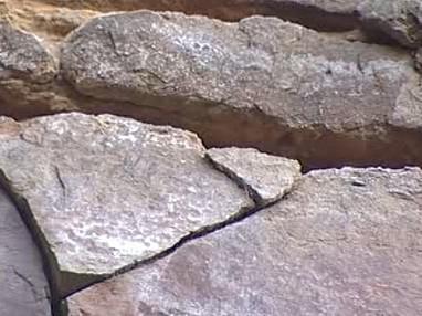 Narušený skalní masív