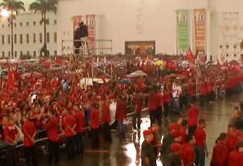Oslavy Chávezovy vlády ve Venezuele