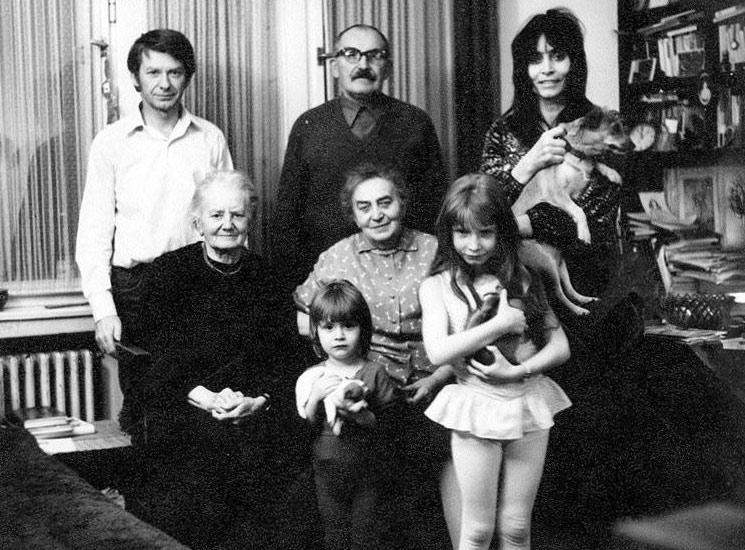Věra Chytilová s rodinou