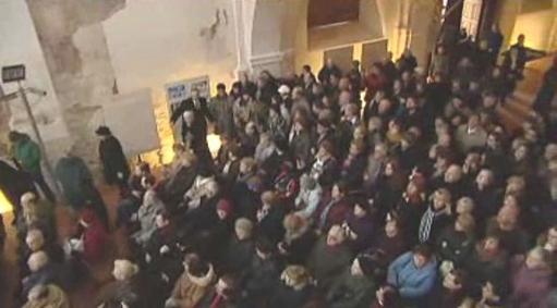 Do Pražské křižovatky přišly desítky lidí