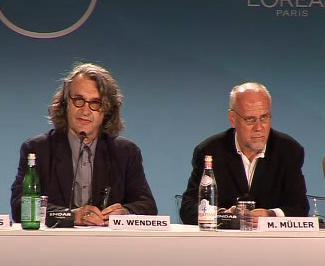 Wim Wenders a Marco Müller na 65. MFF v Benátkách