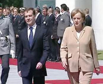 Angela Merkelová a Dmitrij Medveděv