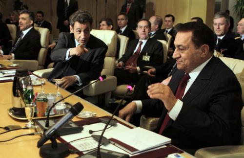 Husní Mubarak a Nicolas Sarkozy
