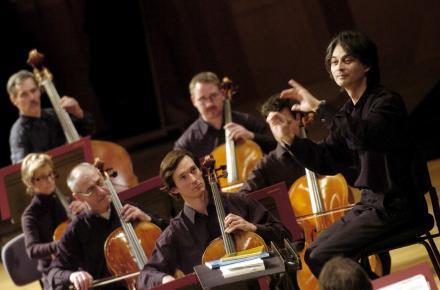 Německý dirigent Jun Märkl na zahájení Pražského podzimu 2008