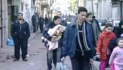 Palestinci prchají z Gazy