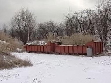 Nebezpečný odpad ve Lhenicích
