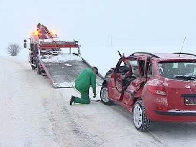 Odtahová služba u dopravní nehody