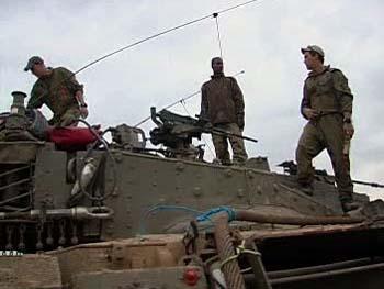 Vojáci na tanku