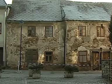 Zdevastovaný dům ze 17. století