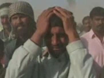 Truchlící Pákistánci
