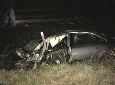 Zničený automobil