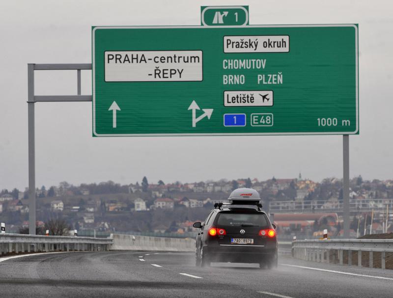 Nový úsek rychlostní silnice R6