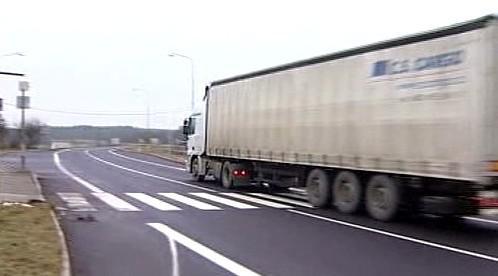 Kamion na přechodu