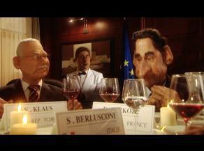 Gumový Klaus a Sarkozy