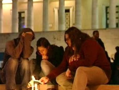 Vzpomínka na mrtvého řeckého studenta