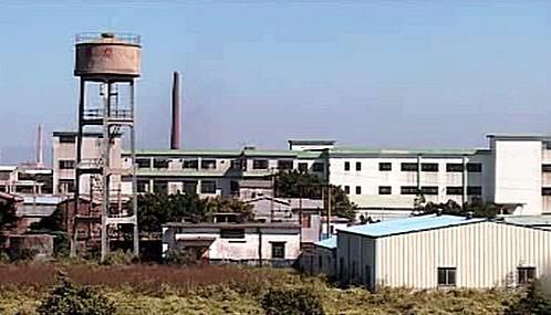 Čínské továrny krachují