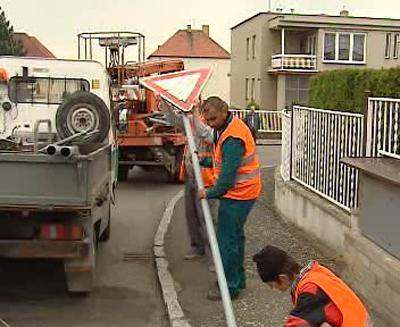 Odstraňování dopravních značek ze silnice