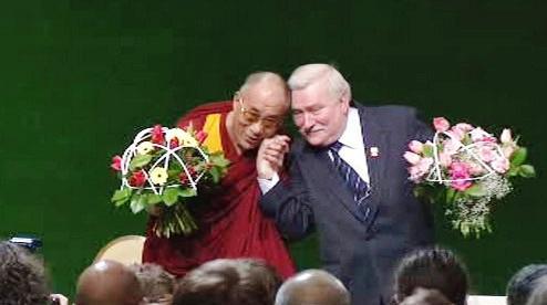 Dalajlama a Lech Walesa