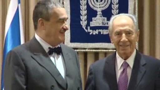 Karel Schwarzenberg se Šimonem Peresem