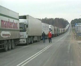 Fronta kamionů