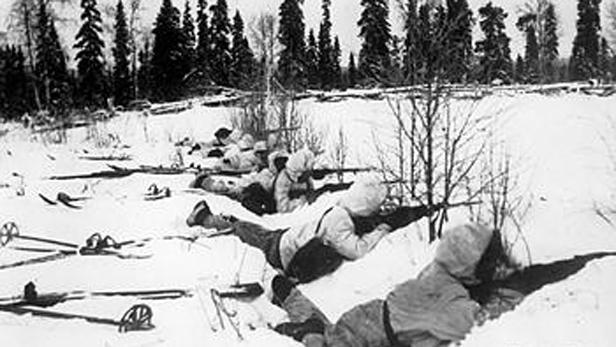 Finové v zimní válce - lyžařský oddíl