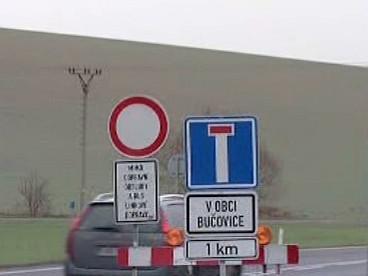Zákaz vjezdu do Bučovic
