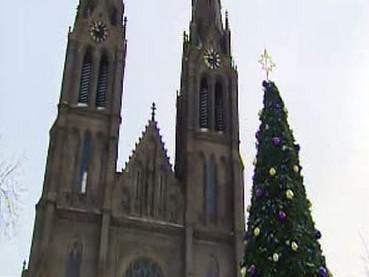 Náměstí Míru s vánoční výzdobou