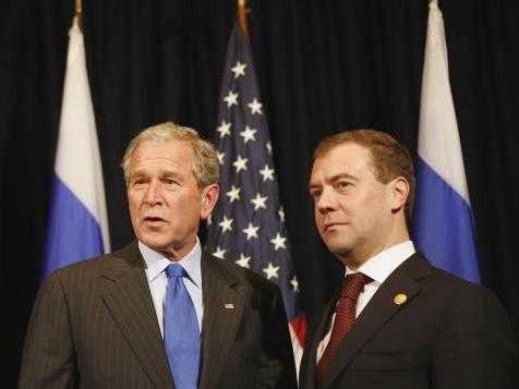 George Bush a Dimitrij Medvěděv