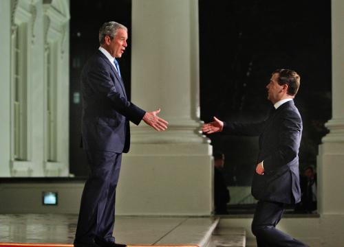 George Bush a Dmitrij Medveděv