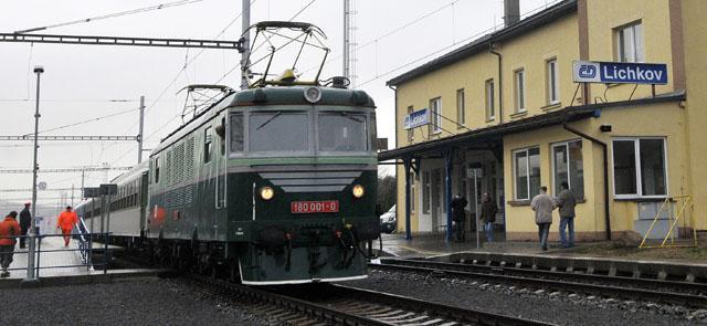 Elektrická lokomotiva v Lichkově