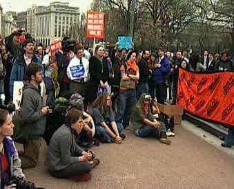 Protesty proti invazi v Iráku