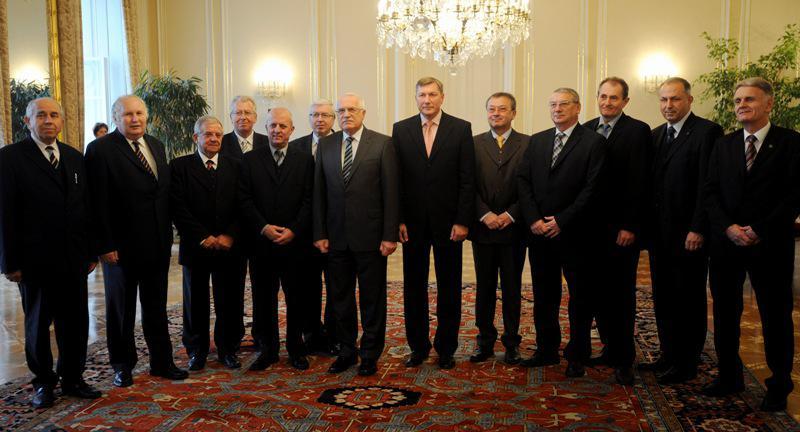 Prezident s bývalými senátory
