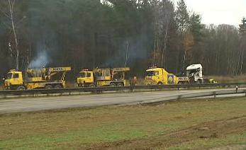 Odtah havarovaného kamionu