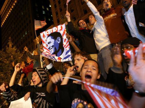 Lidé oslavují vítězství Baracka Obamy