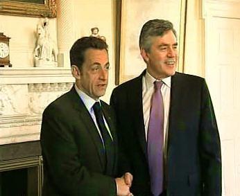Nicolas Sarkozy a Gordon Brown
