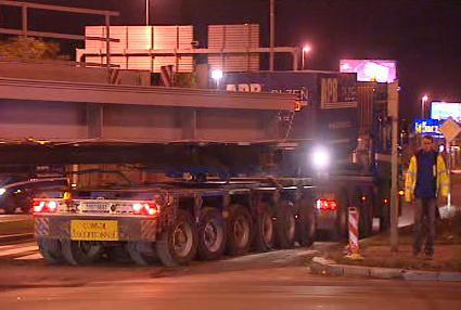 Náročná přeprava mostu