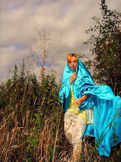 Madona vycházející z šípku (2006)