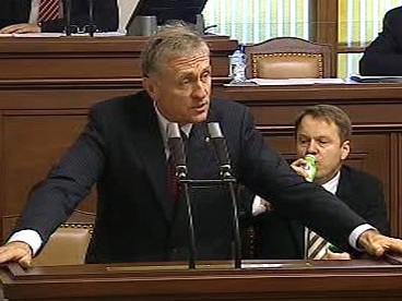 Mirek Topolánek hovoří v Poslanecké sněmovně
