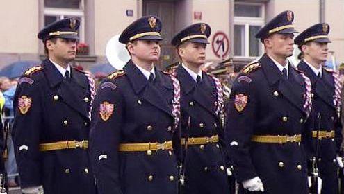 Vojáci hradní stráže