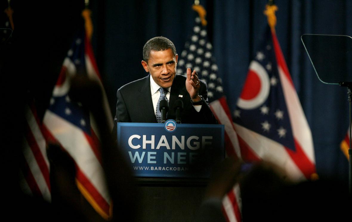 Barack Obama na předvolebním mítinku