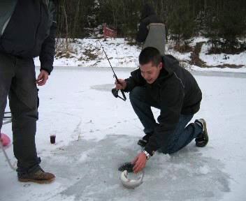 Rybáři na ledu